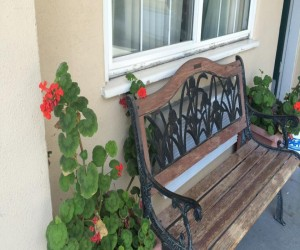 Travel Inn San Francisco - Take a seat after a short stroll around the Marina District